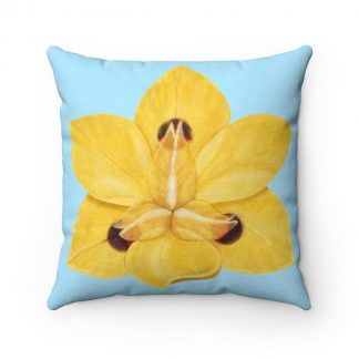 Flower pillow detail